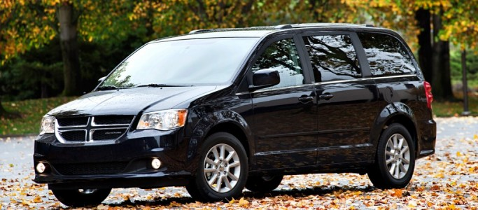 2013-Dodge-Grand-Caravan-front-three-quarter-1024x640